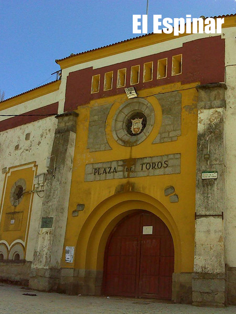 Plaza de toros de El Espinar 4 - Plazas